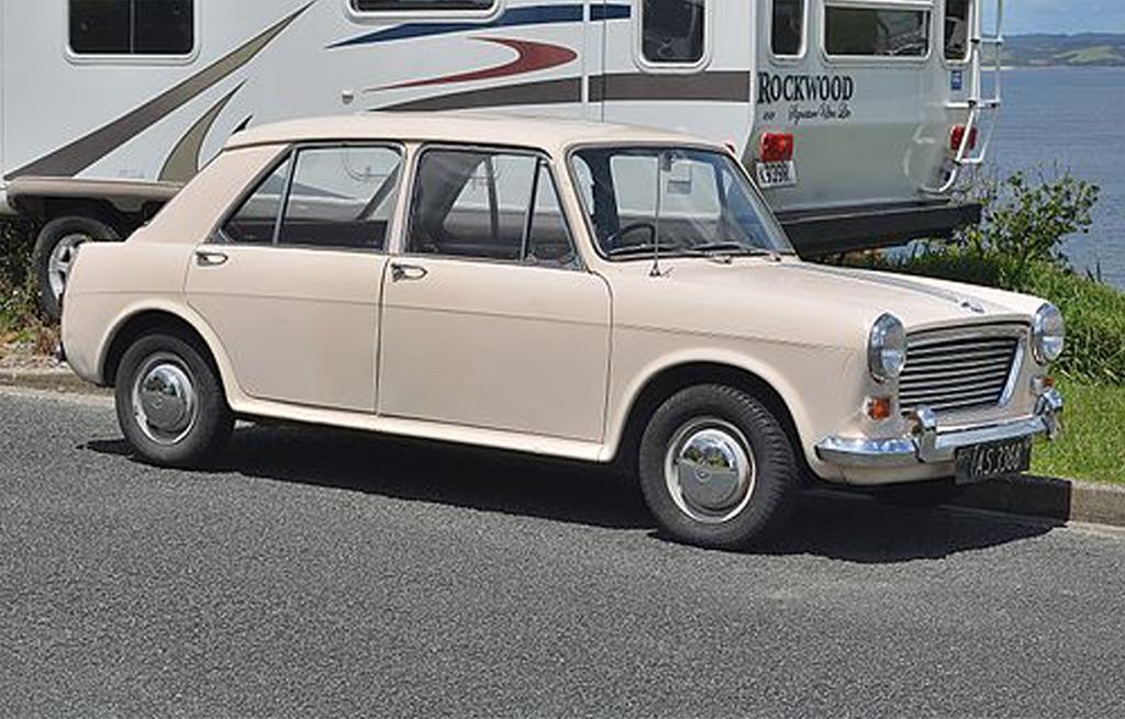 1964 Morris 1100 (15109896944)